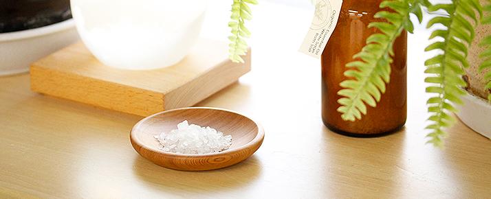 セージの香りとお塩で盛り塩浄化?!