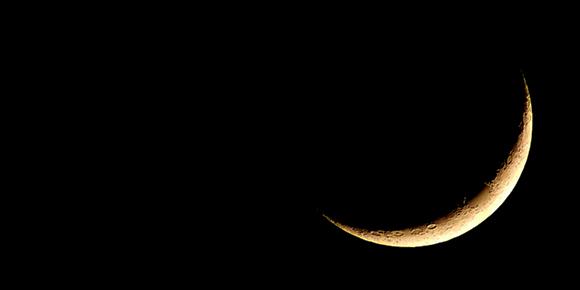 満月と新月に願いを込めて。新月の願い事とカウンセリング