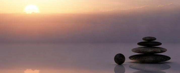 瞑想(めいそう) 目的・やり方・効果